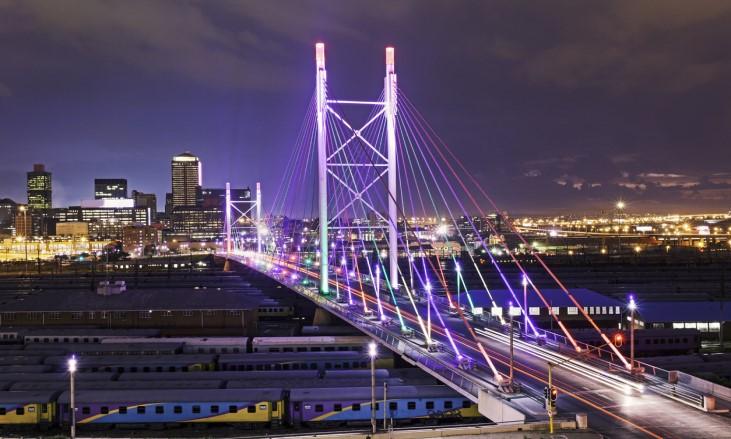 LED lighting bridge